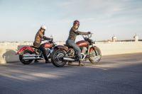 Moto Indian vient de Scout le 100e Anniversaire du Scoutisme et du Bouchon Twent
