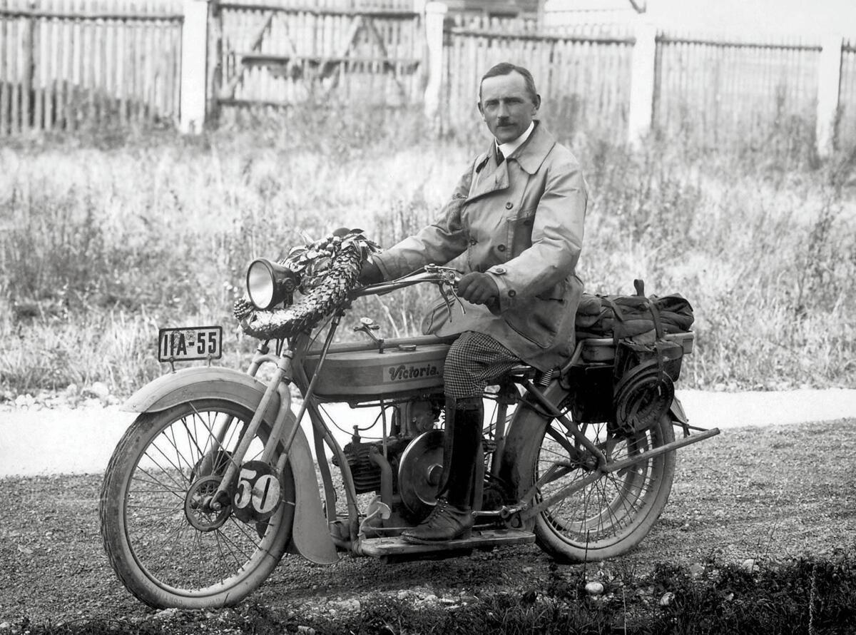 BMW: il y a 100 ans était né le premier moteur boxer. À l'avance de la R32