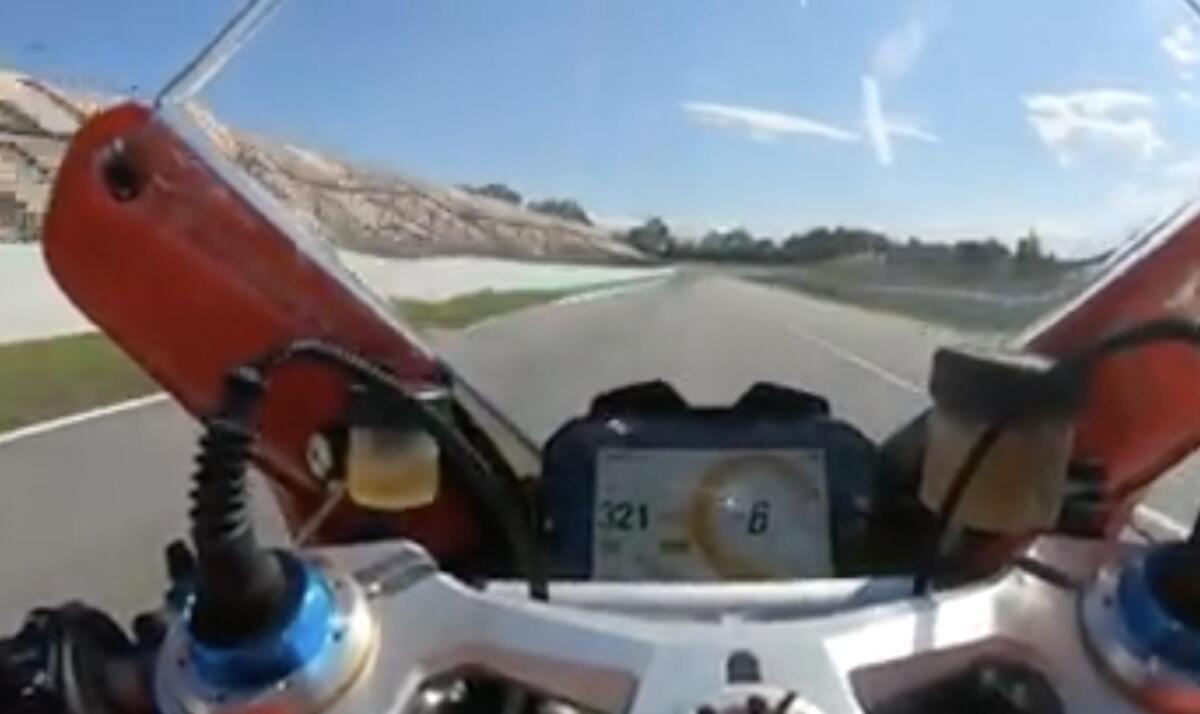 MotoGP Zarco à 321km/h sur la Panigale V4 à Catalunya [VIDEO]