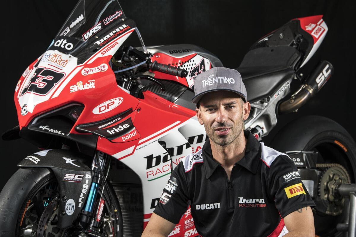 C'est officiel: Marco Melandri est de retour en Superbike championnat du monde. Avec Team Barni de la GP à Jerez
