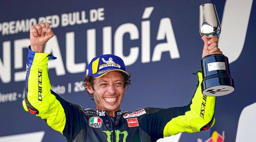 """Rossi de retour sur le podium: """"Yamaha doit m'aider"""""""