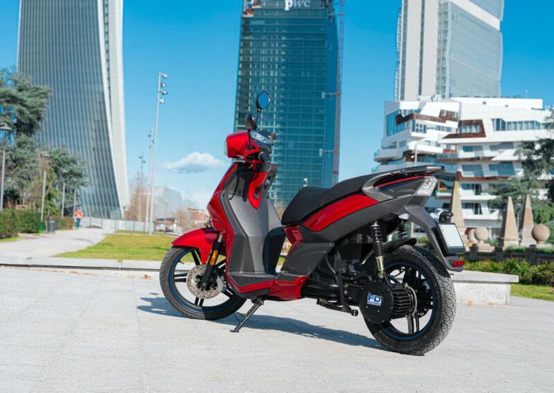 FD Motors: 2 grandes roues zéro - émissions de Moto.il