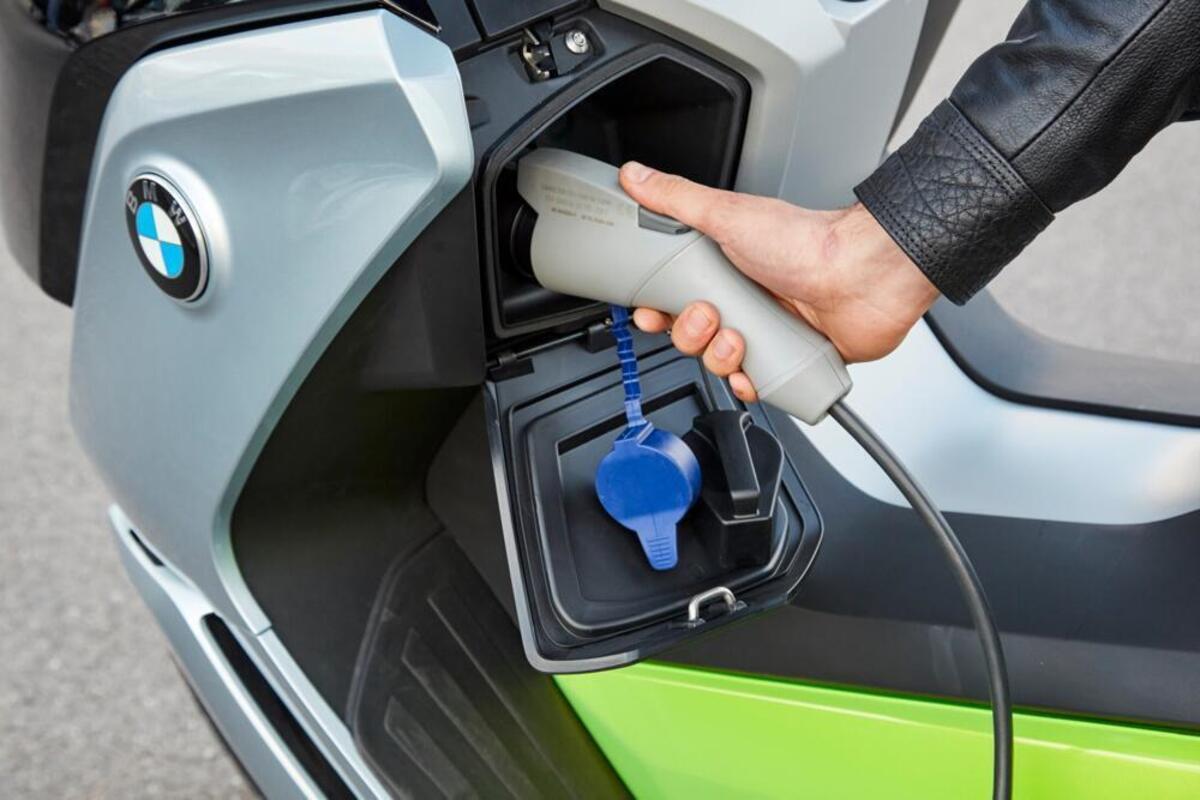 L'ecobonus maintenant, il y a: économiser des milliers d'euros sur les vélos et les scooters électriques