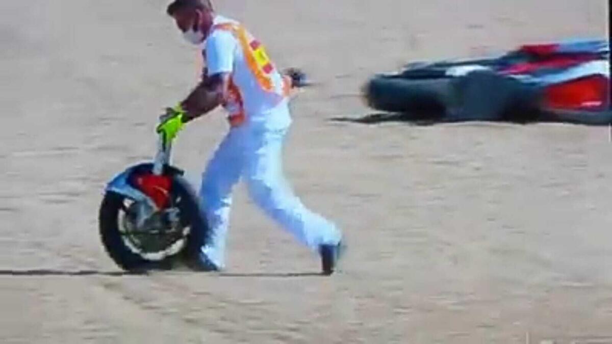Moto2 à Jerez: Manzi perdre littéralement sur le front est rompu, de net [VIDEO]